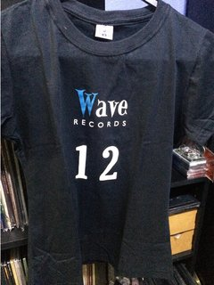 CAMISETA 12 ANOS WAVE RECORDS GIRLIE (CAMISETA) - comprar online