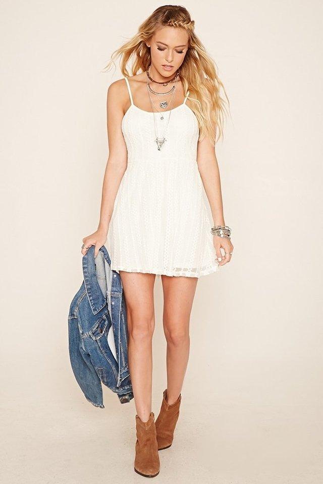 Vestido blanco de encaje forever 21