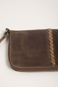 BILLETERA NATIVA CUERO LARGE | CHOCOLATE - SUELA - comprar online