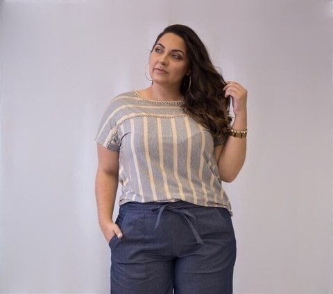 T-Shirt Listrada Plus Size*