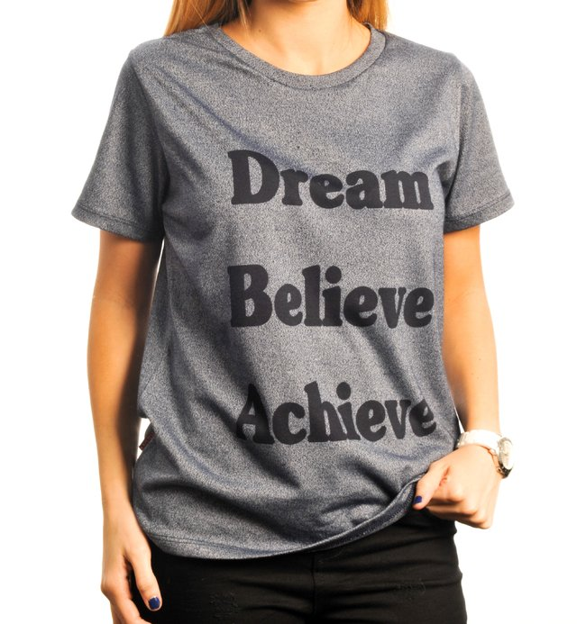 Remera Dream Believe Achieve
