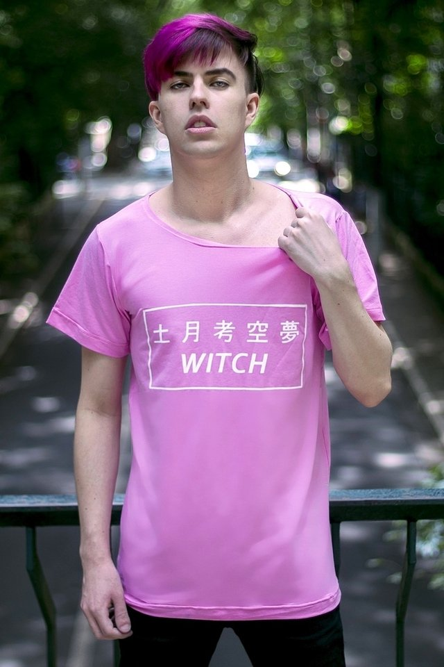 COTTON CANDY WITCH T SHIRT