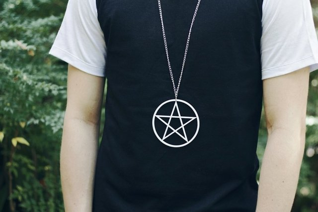 Alternative Clothing and acessories: Pentagram necklace white unisex witch shop brand store