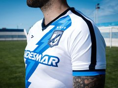 Camiseta Guillermo Brown Coach 2020 en internet