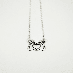 Collar manos de Mickey Corazon