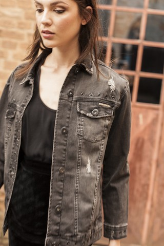 0dc1fde551 Jaqueta Jeans Black Ilhós - SHOP COLCCI OFICIAL