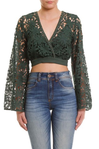 Blusa Cropped com Renda na internet