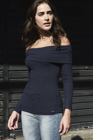 0d45542847 ... Blusa Canelada  Blusa Canelada - comprar online  Blusa Canelada na  internet  Blusa Canelada - SHOP COLCCI OFICIAL ...