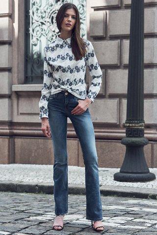 6e7145cecb Calca Jeans Flare - SHOP COLCCI OFICIAL  Calca Jeans Flare ...