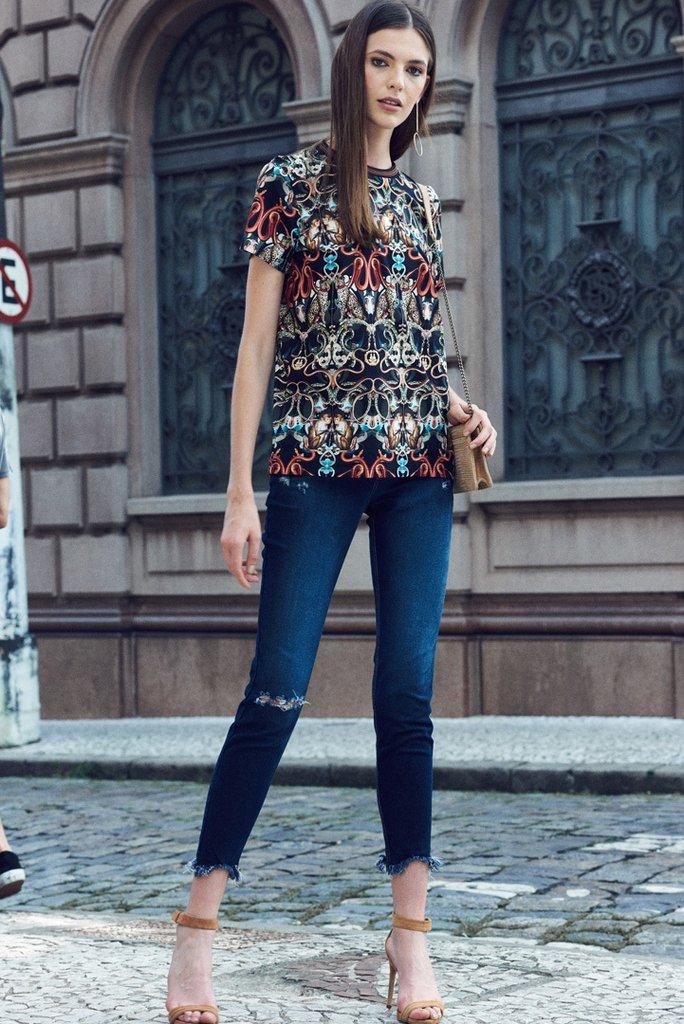 87a845e9d Calça Jeans Rasgada bia Premium Denim