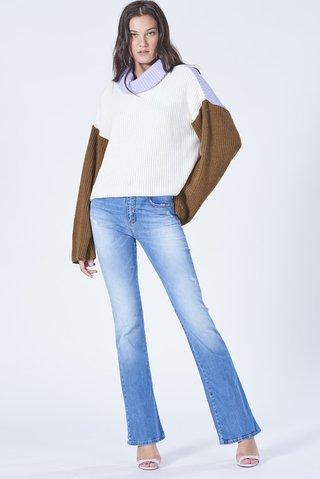 5e1f96762dcd3 Calça Jeans bia Flare - Comprar em SHOP COLCCI OFICIAL