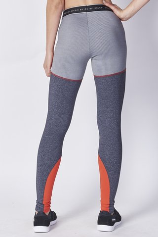 Calca Legging Recortes na internet