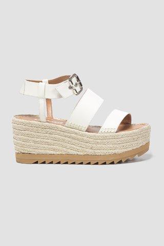 4f6ea6917 Sandália Flatform - comprar online; Sandália Flatform ...