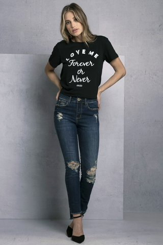 d58de364b ... Camiseta Estampada Love - comprar online ...