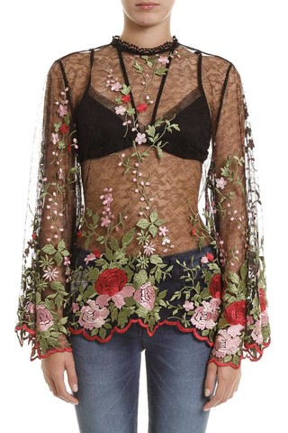 Blusa Bordada Flower na internet
