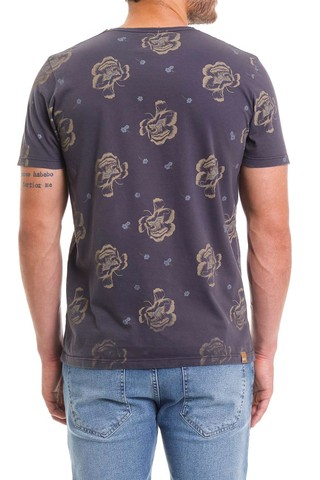 Camiseta Flower - SHOP COLCCI OFICIAL