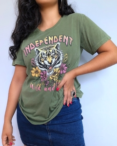 T-Shirt Power Verde Militar - Morena Flor Boutique