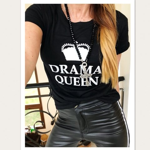 remera drama-modelo smallest