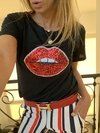 Remera smallest kiss rojo