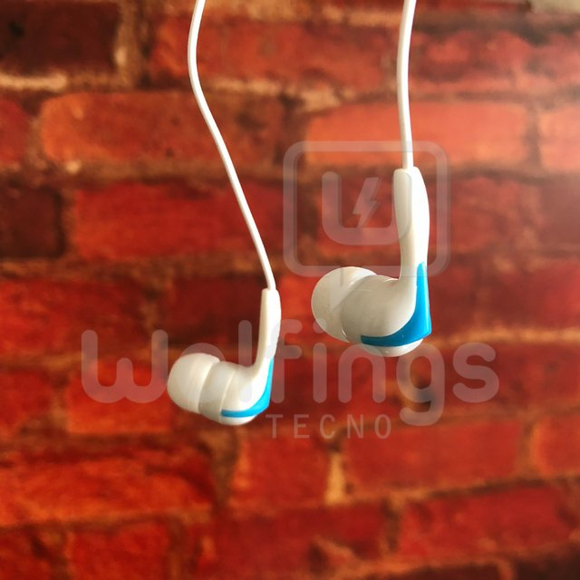 Stereo Headphones In Ear en bolsita Varios Colores Harphones [Cod. AUR-008] en internet