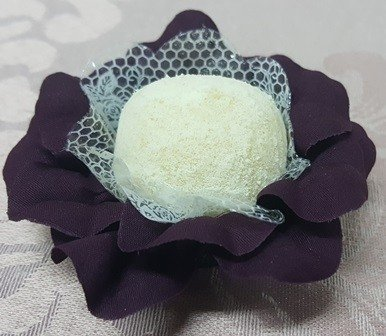 flower-wrappers-for-wedding-sweets