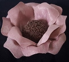 flower-wrappers-for-wedding-sweets-carol-jacquard-rose