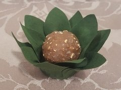 flower-wrappers-for-baby-shower-sweets-green-mini-daisy