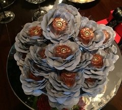 flower-wrappers-for-wedding-sweets-cristina
