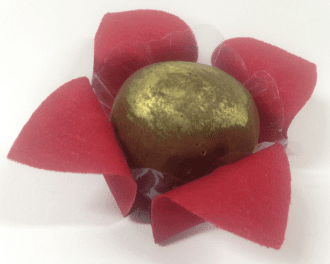 flower-wrappers-for-wedding-sweets-red-joyce