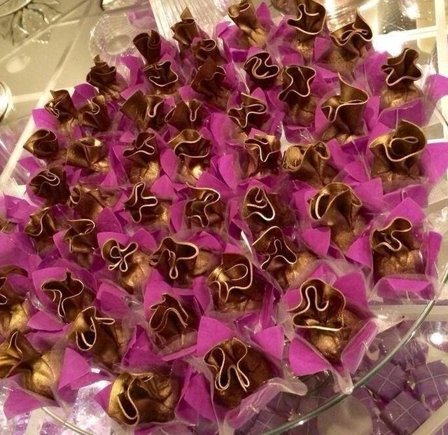 flower-wrappers-for-wedding-sweets-lilac-joyce
