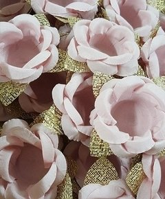 flower-wrappers-for-wedding-sweets-maira