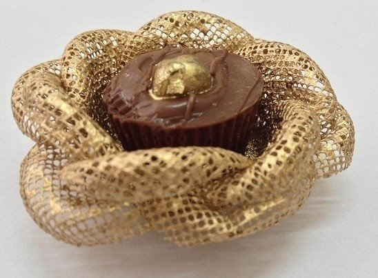 fabric-flower-wrappers-for-sweets-rose-gold-ecomesh