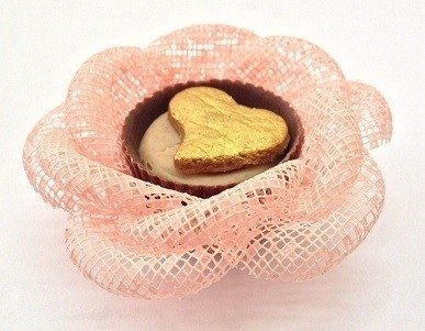 flower-wrappers-for-wedding-sweets-in-ecomesh-model-rose