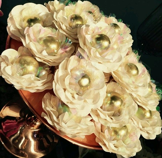 Image of Fabric Flower Wrappers for Wedding Sweets Cristina (30 pieces)