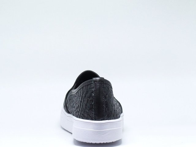 744 Slip On Big Anaconda Preto - MOBENE