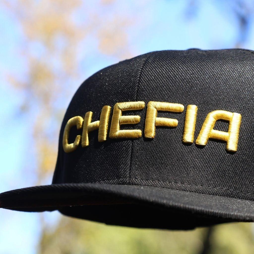 Boné Chefia Gold Boné Chefia Gold - comprar online ... 2cba3076c1e