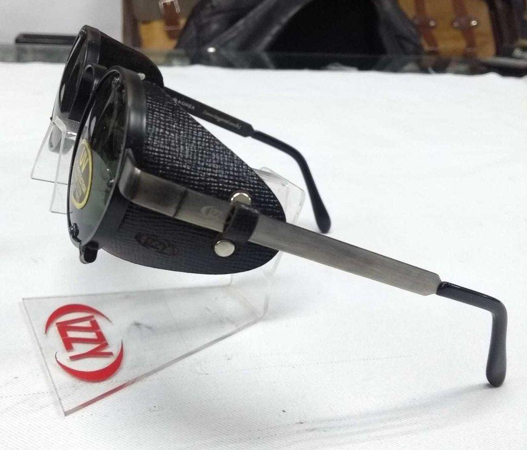 3a22d5ce3 Óculos Retrô Redondo Pequeno Com Proteção Lateral De Couro