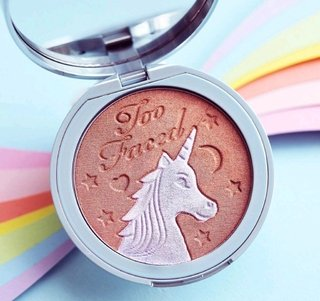 Iluminador Facial Too Faced Unicorn Tears