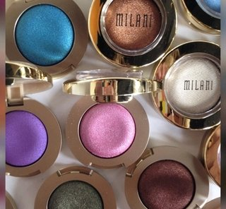Sombra Gel Powder Eyeshadow - Milani.