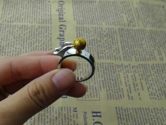 Anillo Snitch Harry potter  - version importada