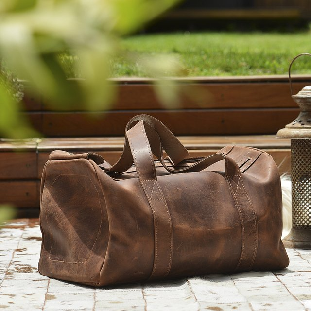 LEATHER TRAVEL BAG on internet