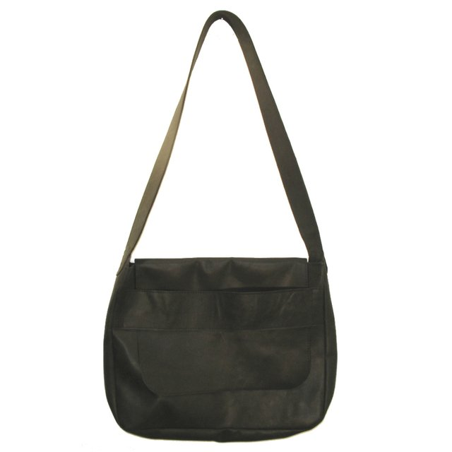 BLACK LEATHER CARPET BAG