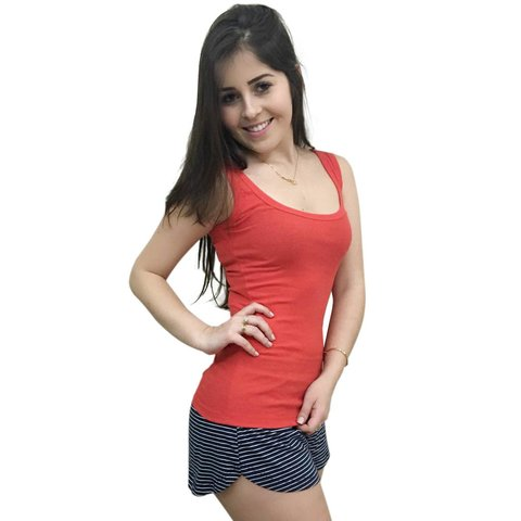 Short doll com regata vermelha