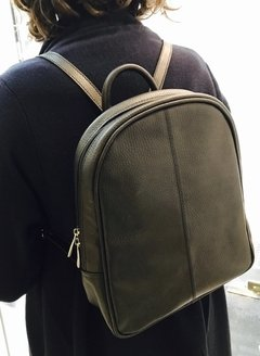 Neat back pack - Silvia y Mario