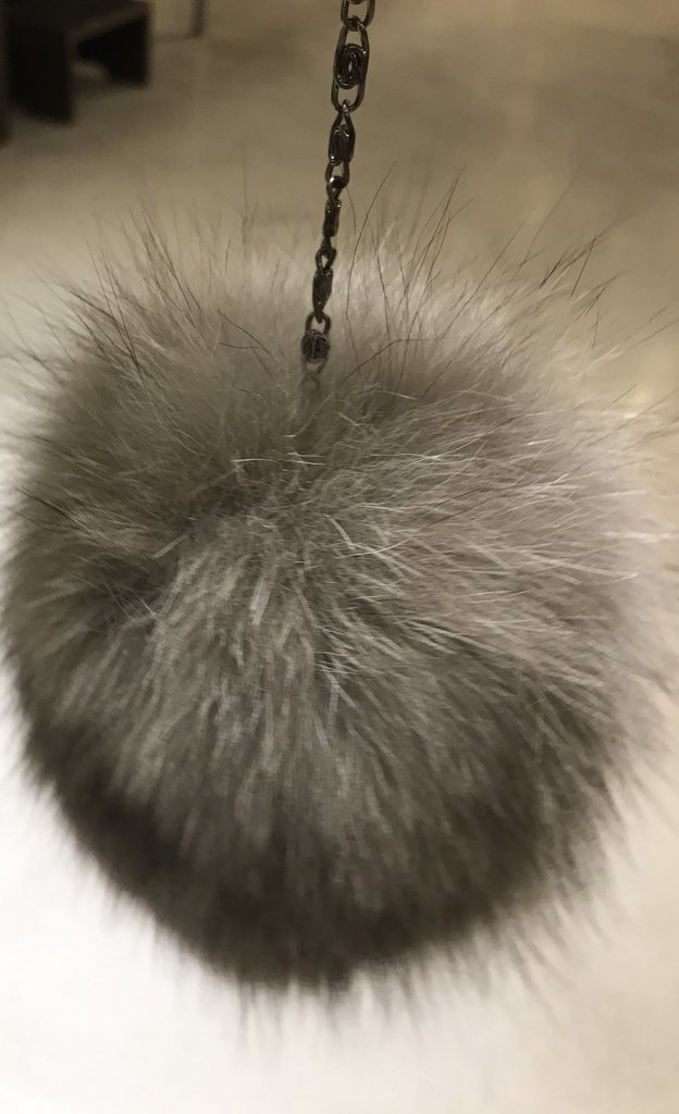 Fur charms en internet