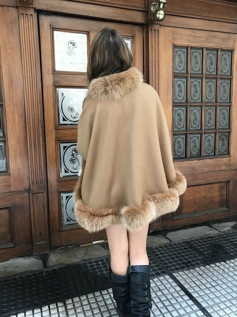 Beige Cashmere and groenland fox cape