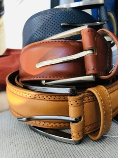 Leather Belts - comprar online