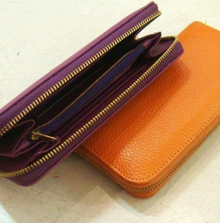 Zippered wallets