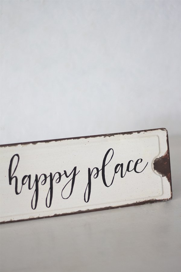 Placa This Is Our Happy Place - comprar online