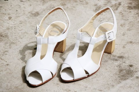 Damas · Blanco - LOMM Shoes - Zapatos Exclusivos 100% Cuero